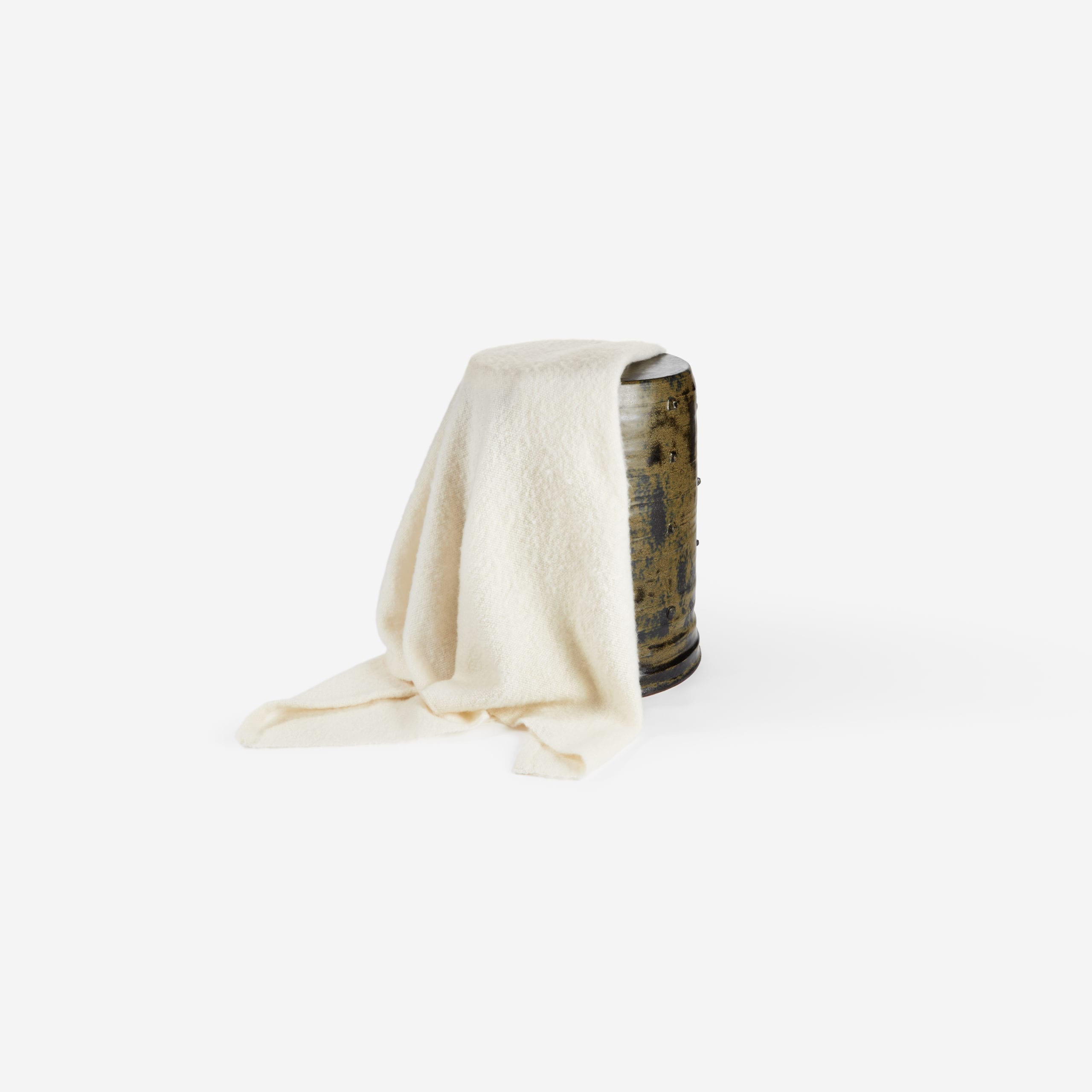 The_Invisible_Collection_Creations_Dragonfly_Throw_Dans_Les_Nuages