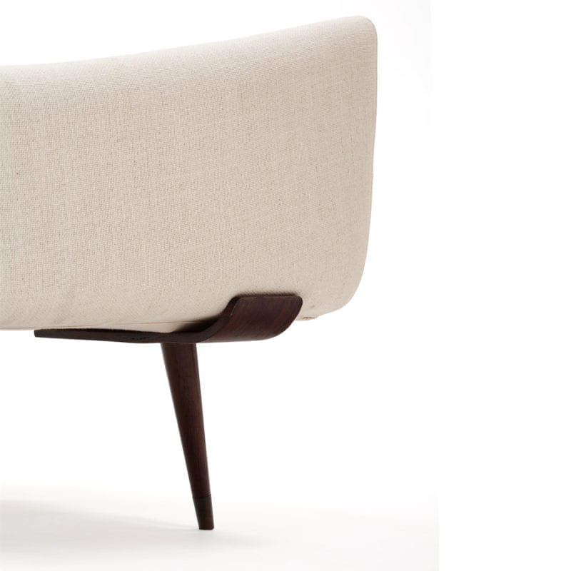 The_Invisible_Collection_Etel_801_Sofa