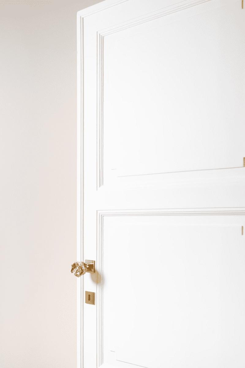 VictoriaMariaGeyer_DoorKnobOnRose