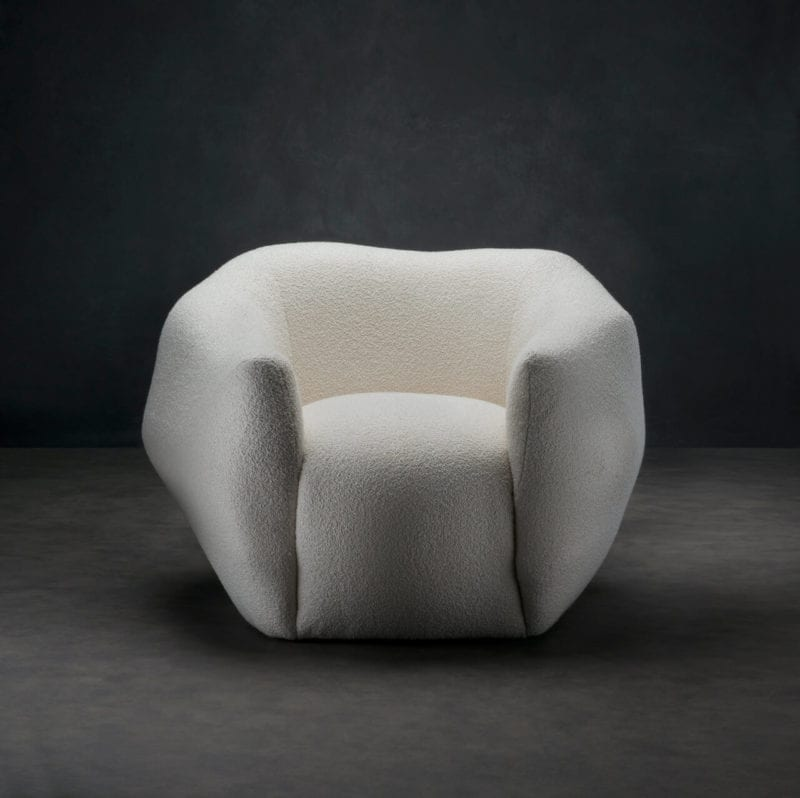 The_Invisible_Collection_Pierre_Yovanovitch_Asymmetry_Armchair_01