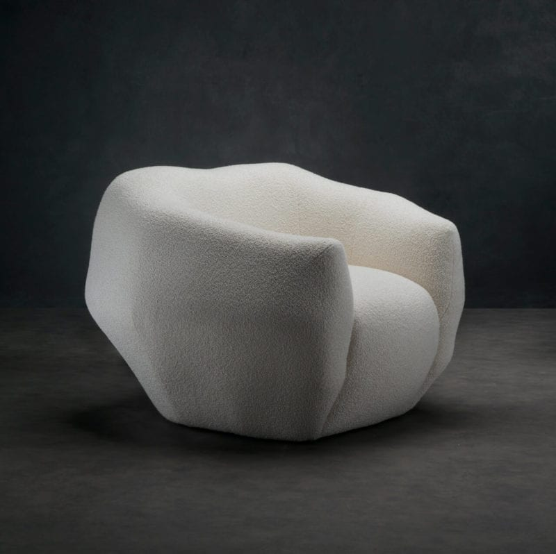 The_Invisible_Collection_Pierre_Yovanovitch_Asymmetry_Armchair_02