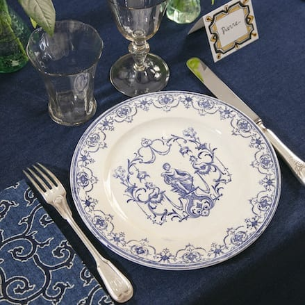The Invisible Collection Moustiers Dinner Set For 12 Diner En Ville